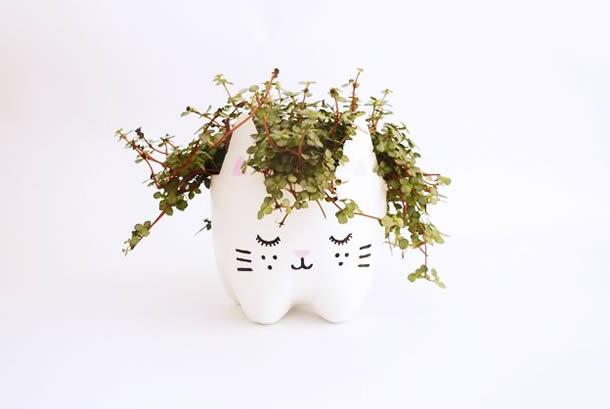 Como fazer Gatinhos de Garrafa PET Passo a Passo