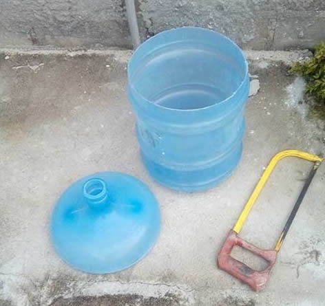 Lustre feito de Garrafa PET de Água Mineral passo a passo