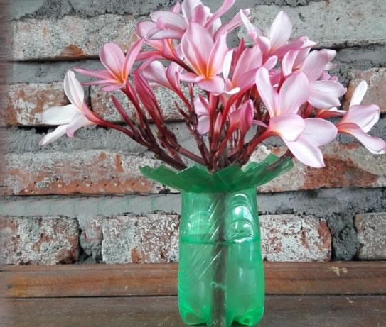 Vaso de Flor com Garrafa PET passo a passo