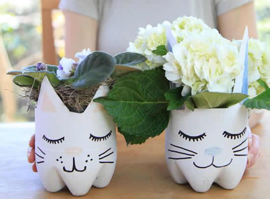 Vaso de bichinhos lindos com garrafas plásticas